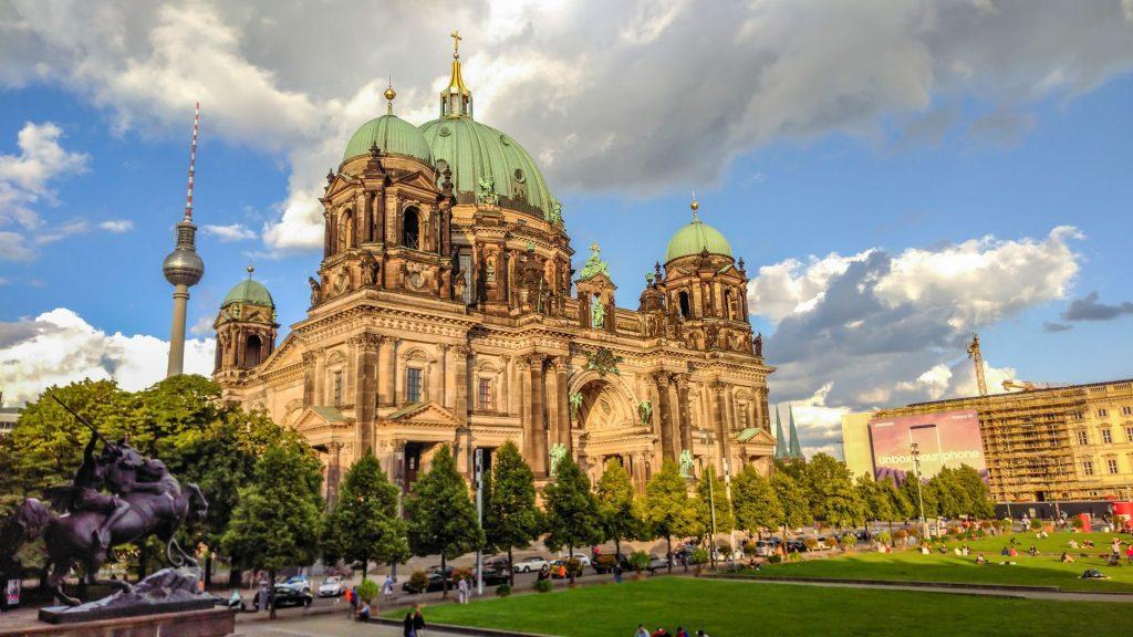 avrupa rüyası berlin katedrali
