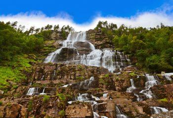 Norveç'in Şelalesiyle Ünlü Tvindefossen