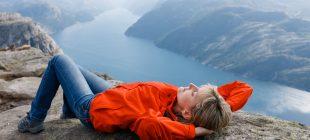 Yaz Tatilinde Kuzey Avrupa'da Gezilmesi Gereken 7 Doğa Harikası Yer
